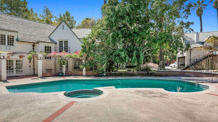 Дом с бассейном в Лос Фелис. Архитектор Артур Ролленд Келли