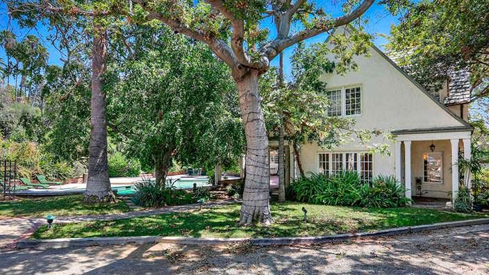 Дом с садом 1922 года постройки в Калифорнии
