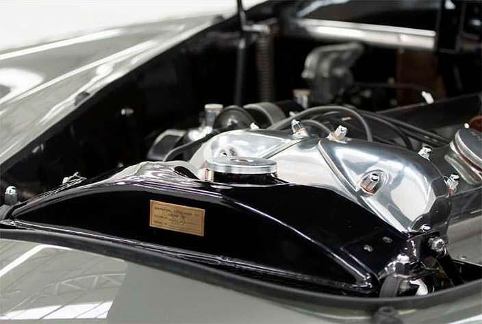 Двигатель Jaguar XK120 от Pininfarina 1954 года выпуска
