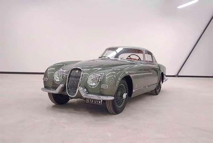 Отреставрированный Jaguar XK120 от Pininfarina 1954 года