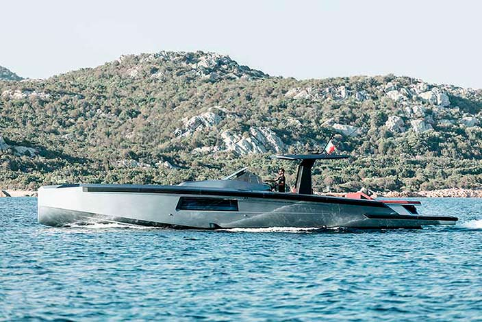 Прогулочный катер Maori Yacht 54: длина 16,46-метра