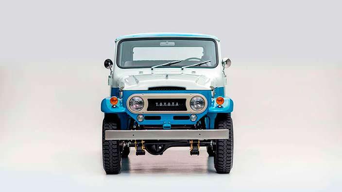 Коллекционная Toyota Land Cruiser FJ45LV 1967 года выпуска