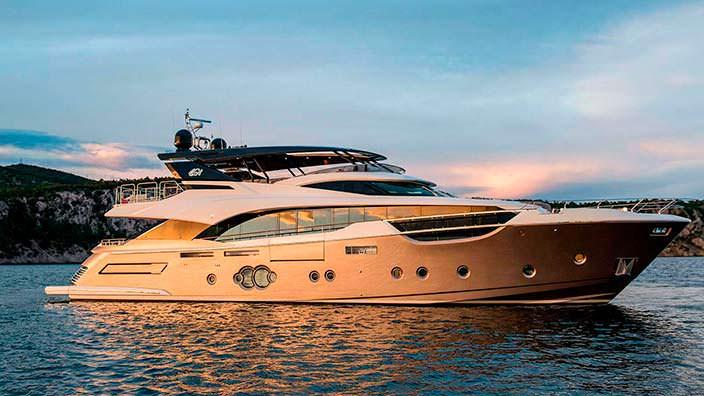 Новая яхта Mia от Monte Carlo Yachts