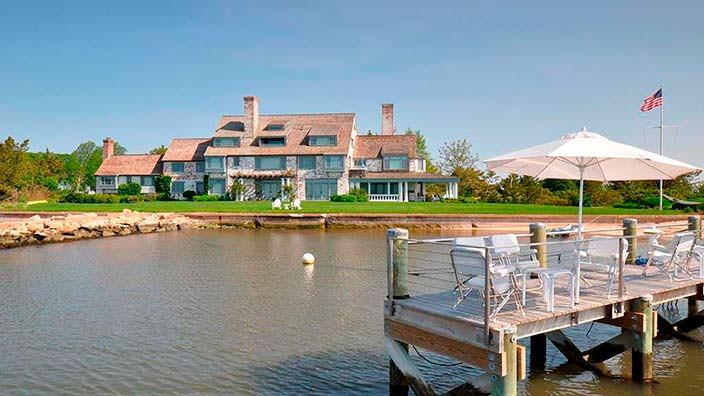 Дом Кэтрин Хепбёрн на берегу пролива Лонг-Айленд