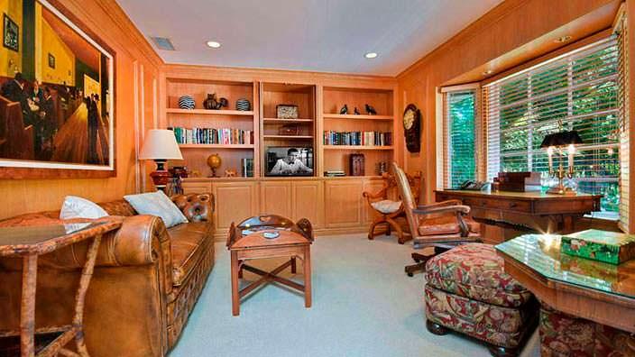 Классический кабинет на ранчо Джеки Коллинз