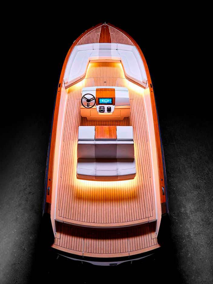 Электрокатер Dasher от Hickley Yachts