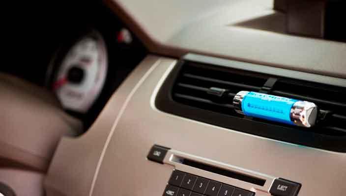 Как выбрать освежитель воздуха в машину