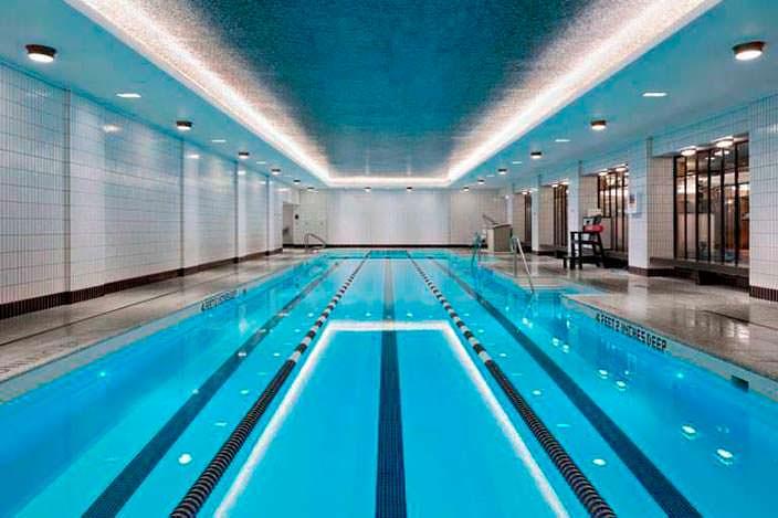 25-метровый плавательный бассейн