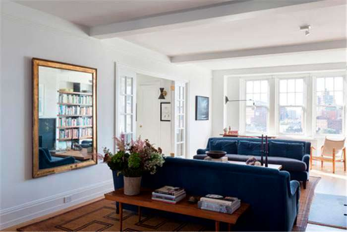 Квартира с двумя спальнями на Манхэттене актера Сета Майерса