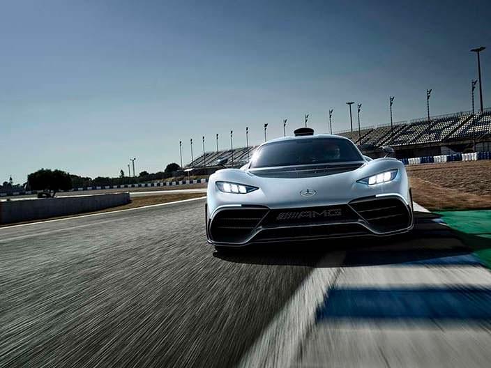 Суперкар с гибридным двигателем Mercedes-AMG Project One
