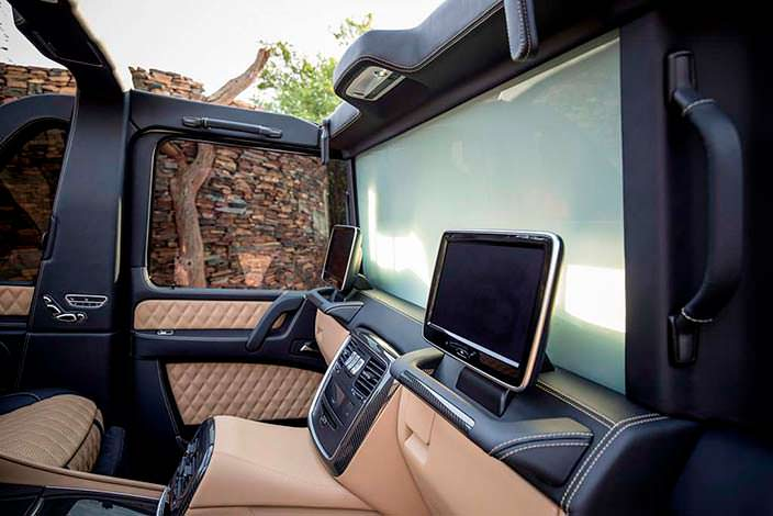 Экраны для задних пассажиров Mercedes-Maybach G650 Landaulet