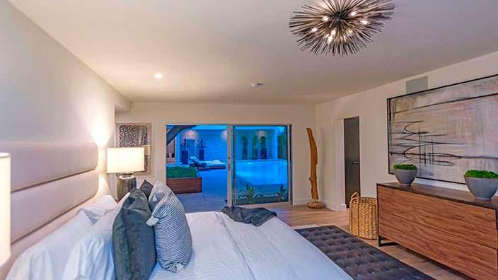 Дизайн одной из пяти спален в доме Синди Кроуфорд