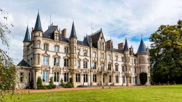 Сказочный замок эпохи Возрождения Chateau Carbonnieres