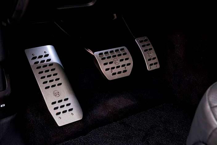 Алюминиевые педали от Startech
