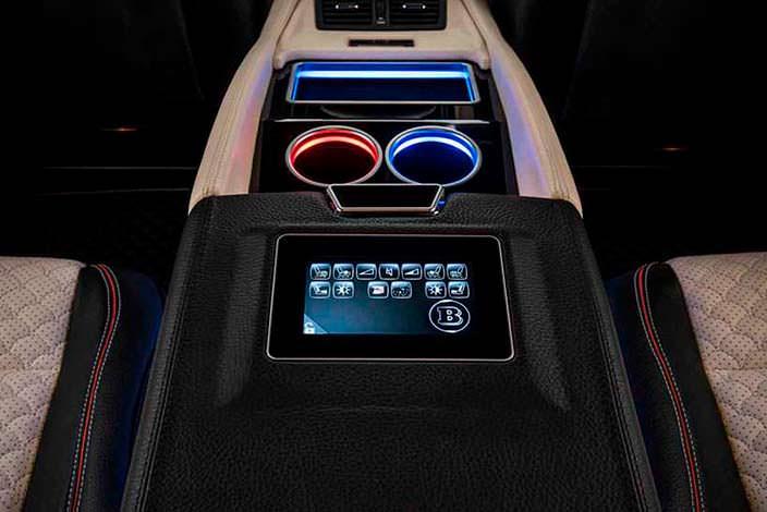 Тюнингованный салон Mercedes-AMG G65 от Brabus