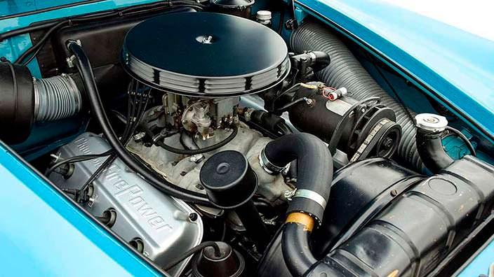 Двигатель 331 FirePower Hemi V8 мощностью 180 л.с.