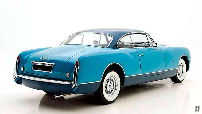 Отреставрированный Chrysler Ghia Special Coupe