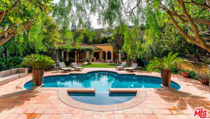 Кендалл Дженнер купила дом в Беверли-Хиллз | фото и цена
