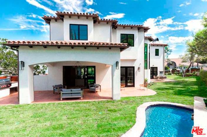 Дом в испанском стиле теннисистки Серены Уильямс