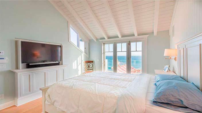 Спальня в доме актрисы Джуди Гарленд