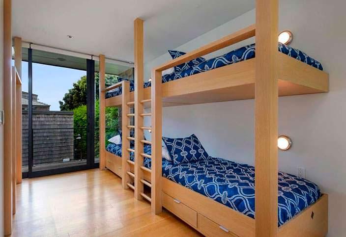 Детская спальня с двухъярусной кроватью