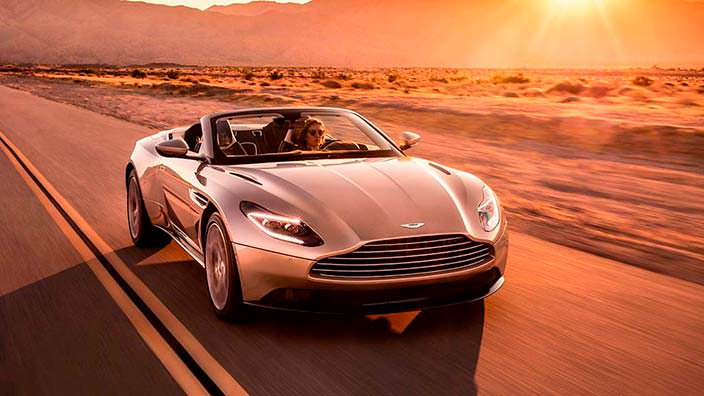 Родстер Aston Martin DB11 Volante