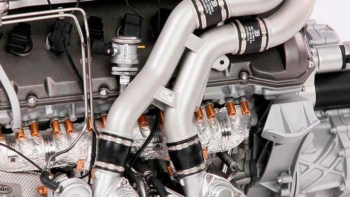 Модель двигателя Bugatti Chiron от Amalgam Collection
