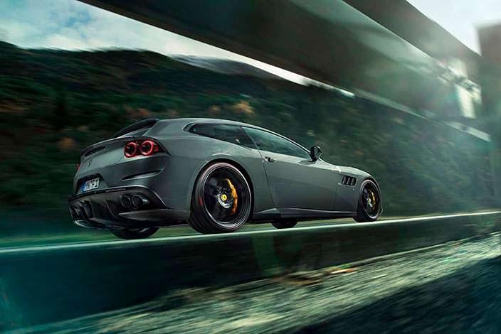 Ferrari GTC4Lusso от Novitec