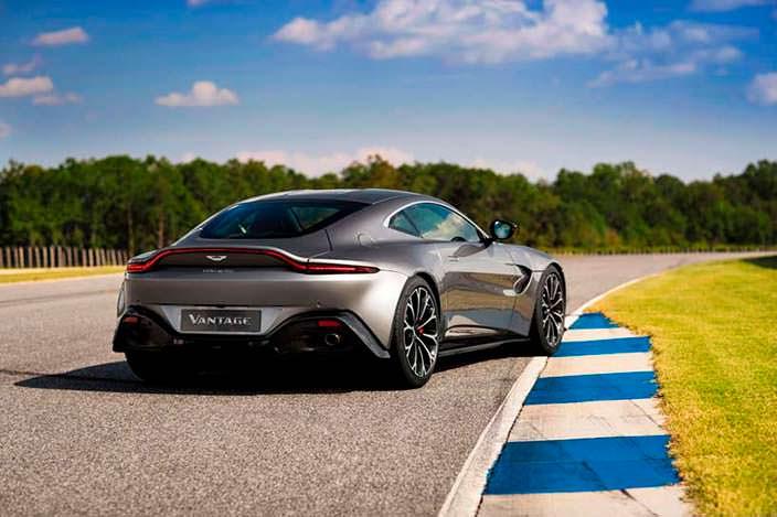 Новый Aston Martin Vantage 2018