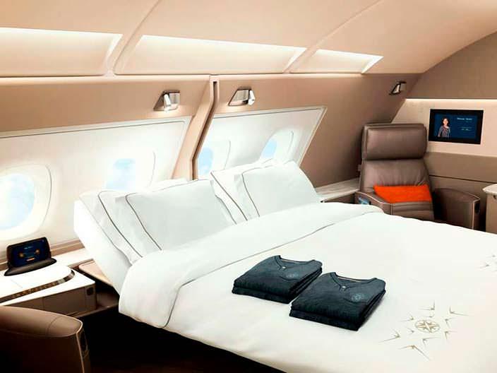 Двуспальная кровать в бизнес-классе Airbus A380