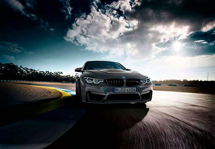 Спортивная BMW M3 CS