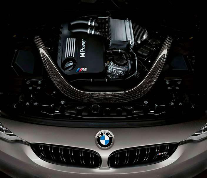 Двигатель 3,0-литра TwinPower Turbo BMW M3 CS
