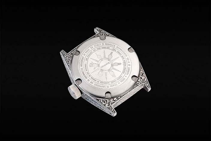 Итальянские часы Unimatic Modello Due с гравировкой