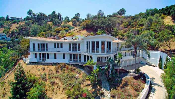 Кэти Гриффин продает дом на Голливудских Холмах | фото, цена