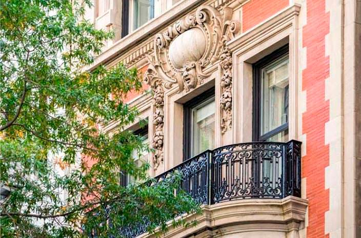 Старый дом Майкла Джексона на Манхэттене 1898 года постройки