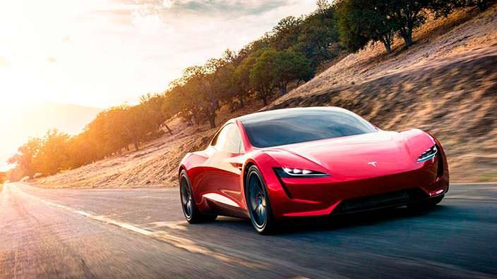 Новый Tesla Roadster: самый быстрый автомобиль в мире