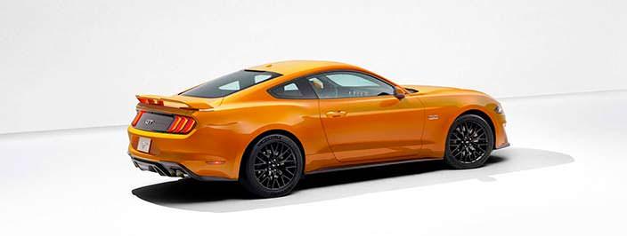 Спорткар Ford Mustang