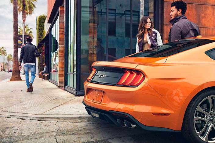Задние фонари Ford Mustang