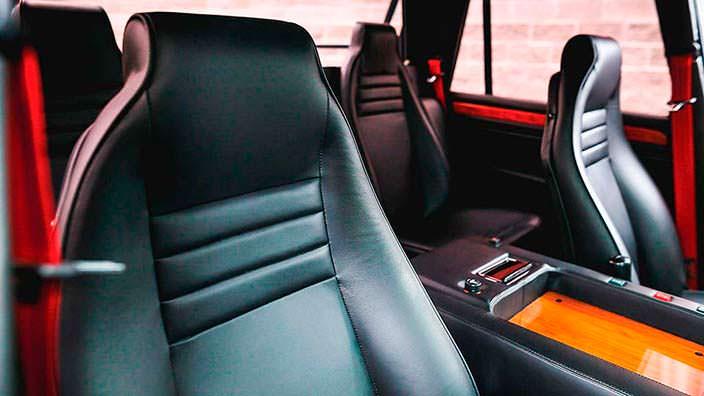 Кожаные сиденья Lamborghini LM002