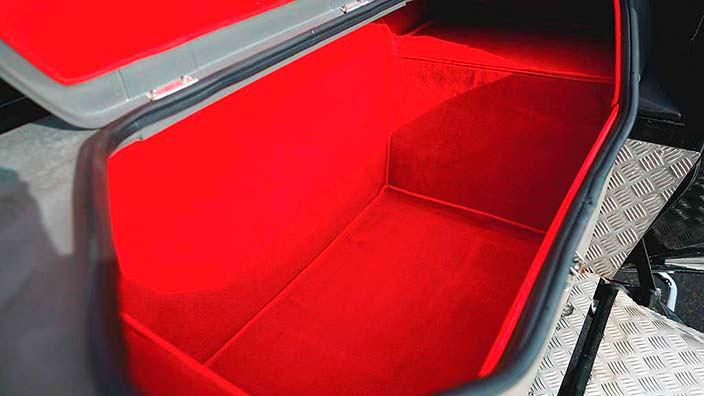 Багажник внедорожника Lamborghini LM002