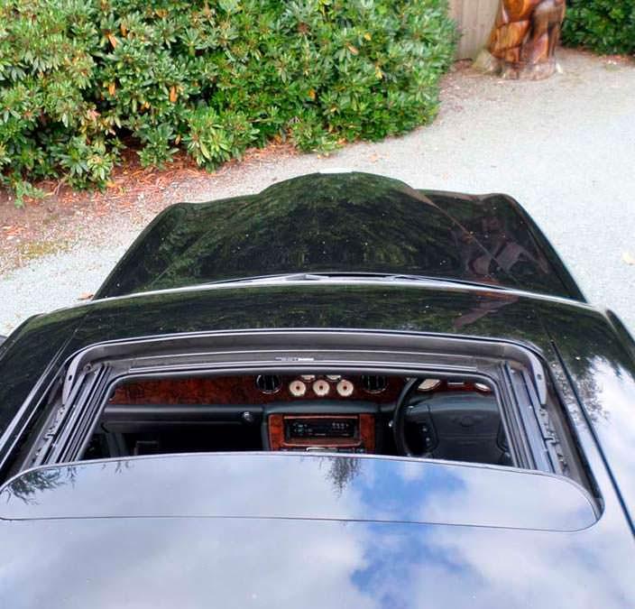 Люк в крыше Bentley Arnage