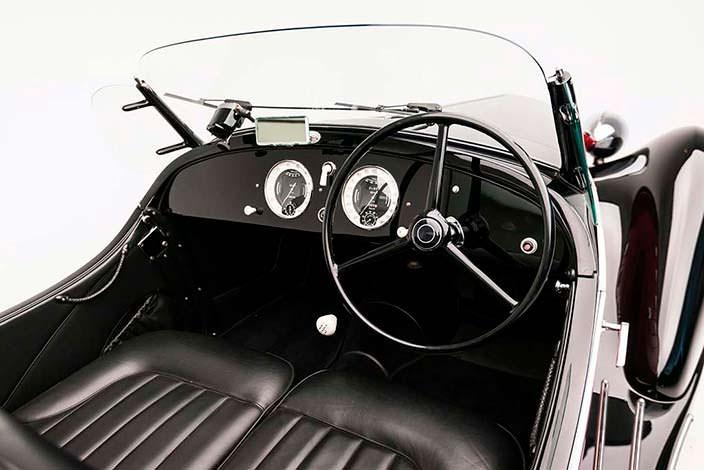 Фото салона Alfa Romeo 6C 2500 SS Spider
