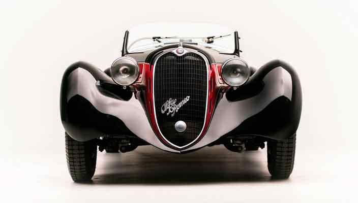 С молотка уйдет ретро Alfa Romeo 6C 2500 SS Spider 1942 года