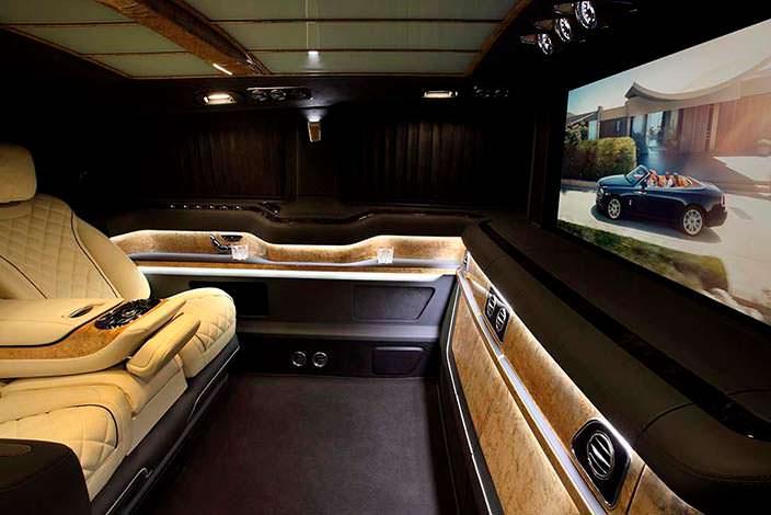 Шикарный салон Mercedes-Benz V-Class от TopCar