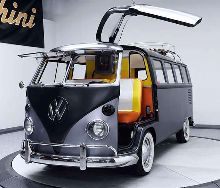 Фургон 1967 Volkswagen T1 в стиле«Назад в будущее»