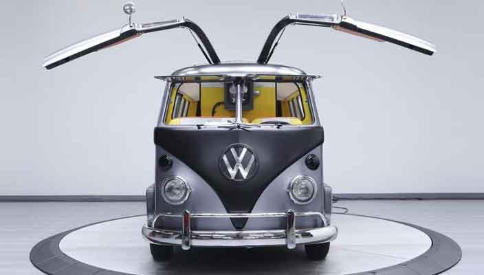 Реставрация Volkswagen T1 1967 года в стиле «Назад в будущее»
