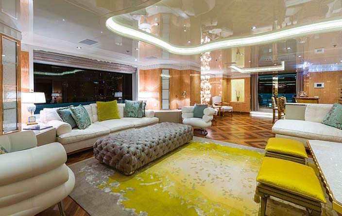 Гостиная на яхте