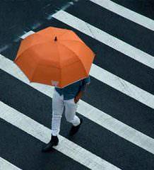Умный зонт с Bluetooth напомнит о себе, чтоб его не забыли
