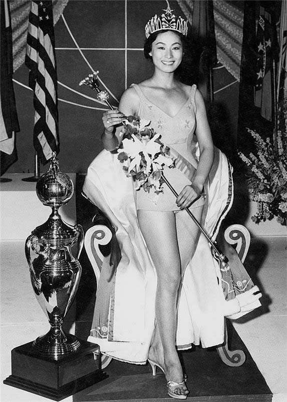 Акико Кодзима 8-я Мисс Вселенная