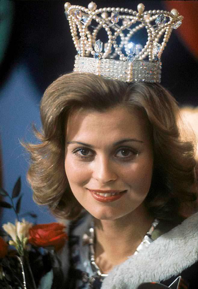 Анна Мария Похтамо - Мисс Вселенная 1975